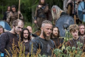 Vikings-Episode 2.03 - Treachery (2)_595_slogo
