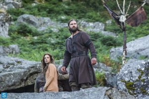 Vikings-Episode 2.03 - Treachery (4)_595_slogo